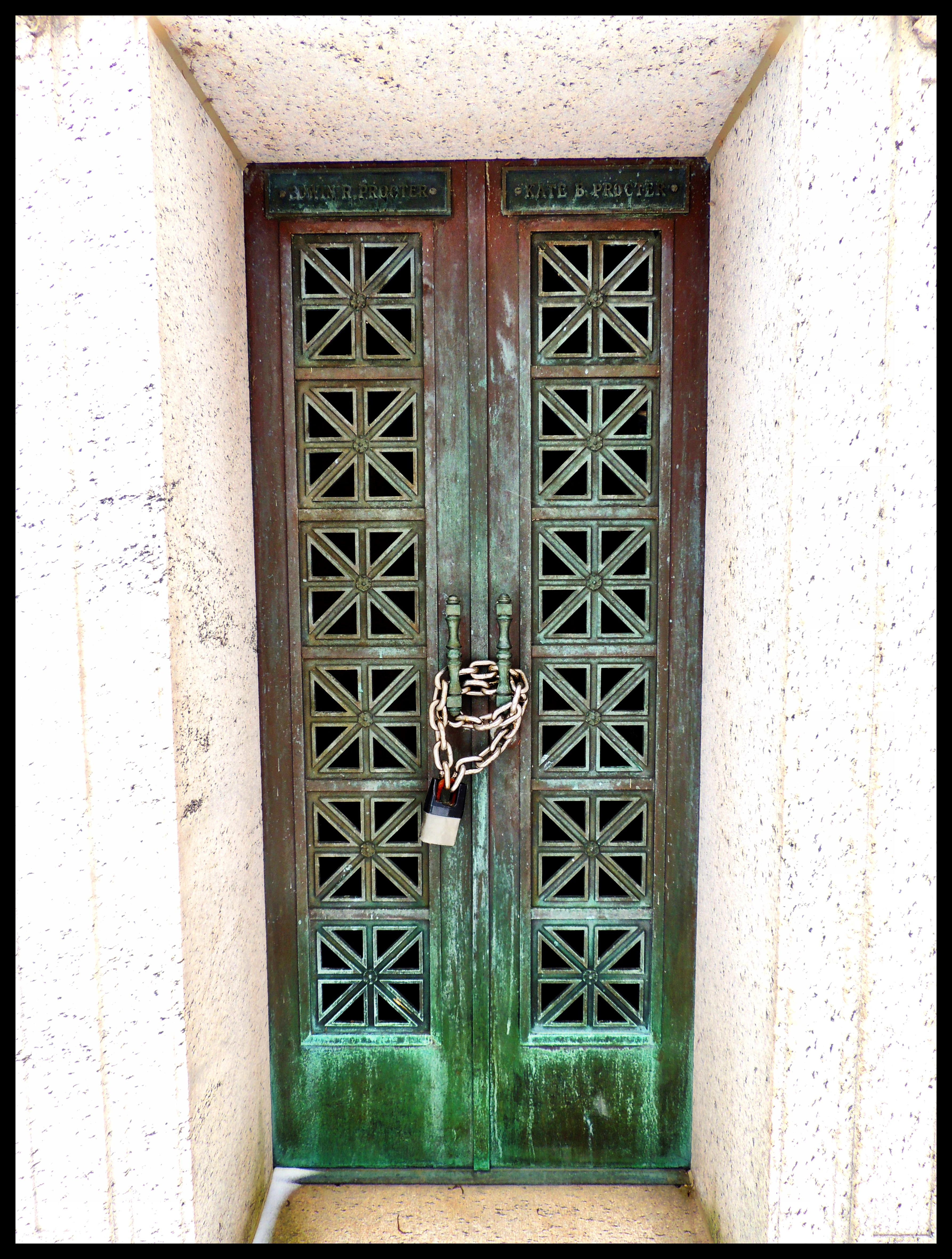 door 10 door 6 ... & mausoleums | Reflections Upon My Reality Pezcame.Com